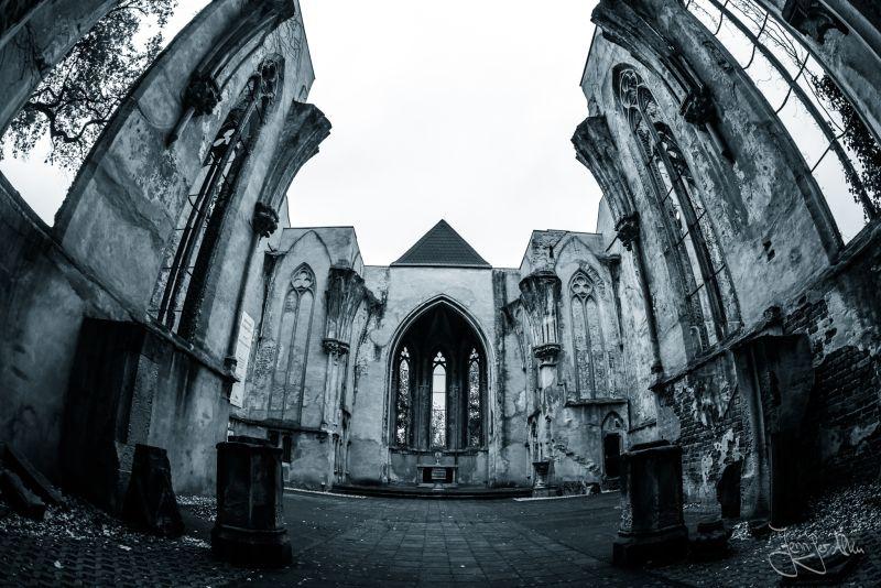 wachau, Markkleberg, leipzig, kirchenruine, alte ruine, lost place, kirche, lost places, sachsen, kirchenruine sachsen, lost places Sachsen